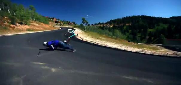triciclo-descida-sem-travoes